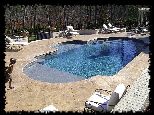 ⋆ Swimming Pool Designs in Raleigh ⋆ 10 Years Experience ⋆
