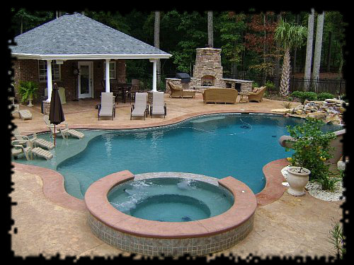 pool with bathhouse - Outdoor House Pools